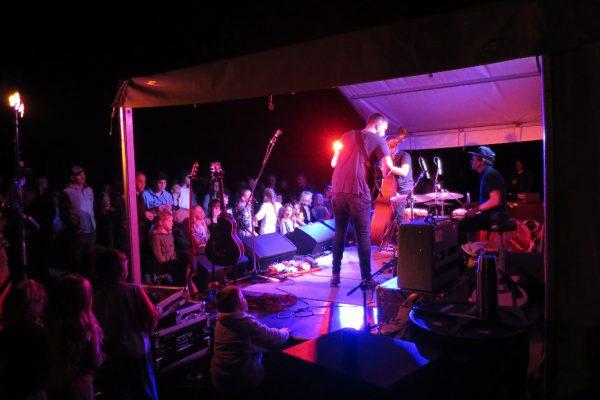 2017-narooma-oyster-festival-night-1