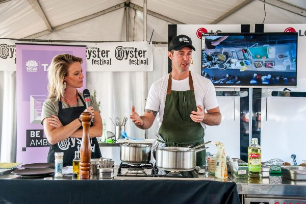 2018-narooma-oyster-festival-cooking-demo-5