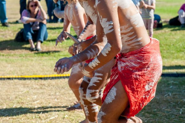 2018-narooma-oyster-festival-indigenous-6